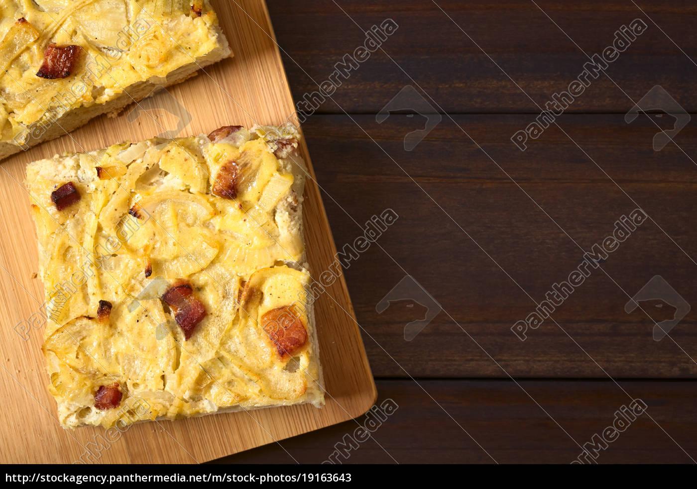 german, zwiebelkuchen, onion, cake - 19163643