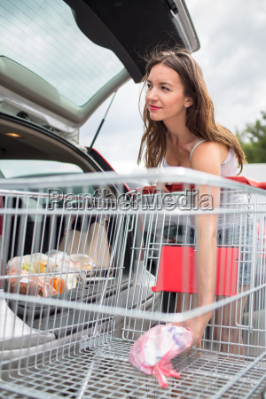 beautiful young woman shopping in a