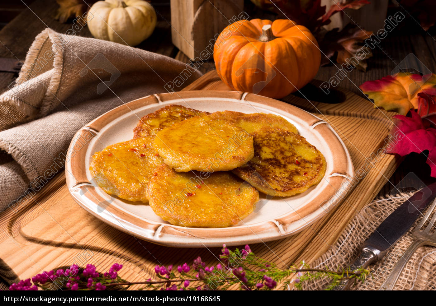 potato, pancakes, with, pumpkin, puree - 19168645