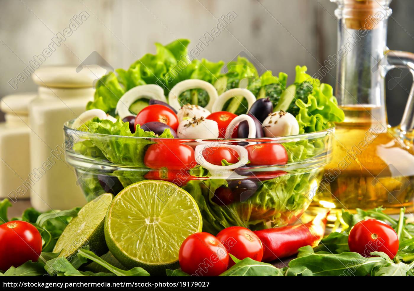 composition, with, vegetable, salad, bowl., balanced - 19179027