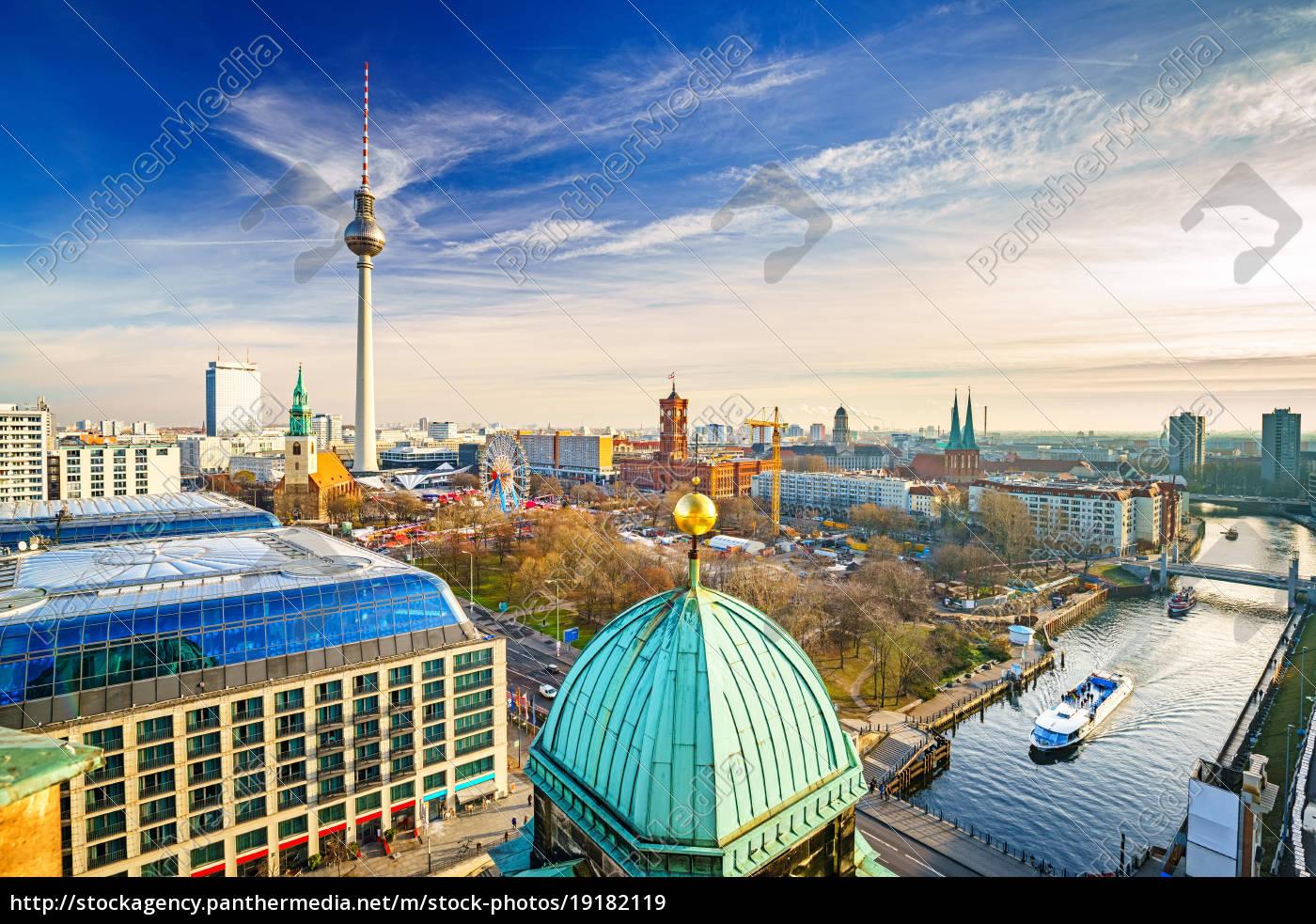 aerial, view, on, berlin - 19182119