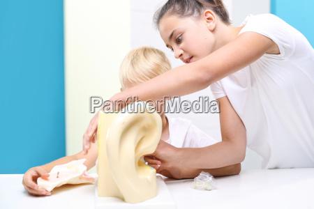 narzad sluchu budowa ucha pomoc naukowa