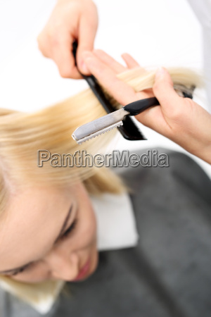 cutting hair with a chinese knife