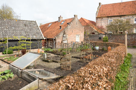 allotment in the smallest city in