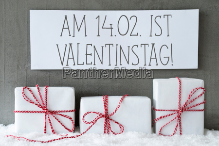 white, gift, on, snow, , valentinstag, means - 19243893