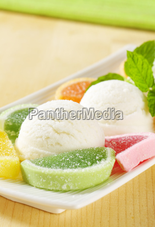ice, cream, with, jelly, candy - 19244131