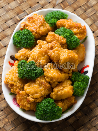 american chinese takeout general tso chicken