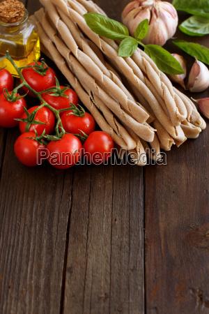 whole wheat pasta vegetables basil