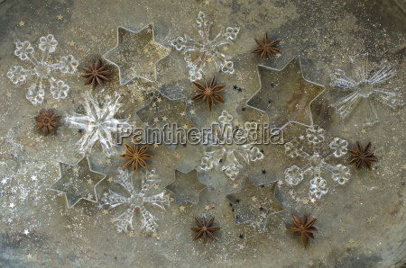 cookie cutters star anise and ice