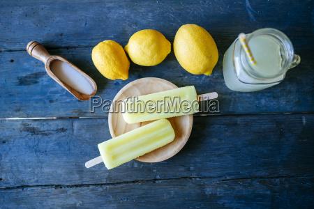 lemon snow ice cream with sugar