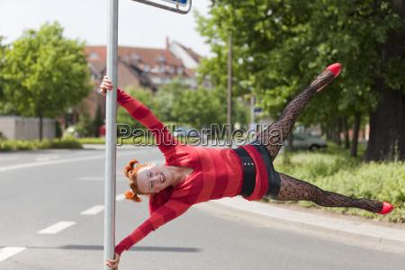 germany hanover female street entertainer on