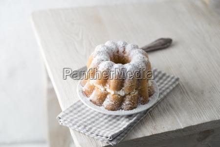 ring cake filled with elderflower cream