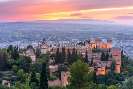 alhambra at sunset in granada andalusia
