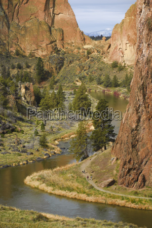 the crooked river and asterisk pass
