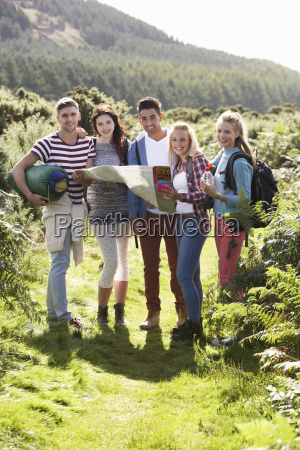group, of, young, people, on, camping - 19407460