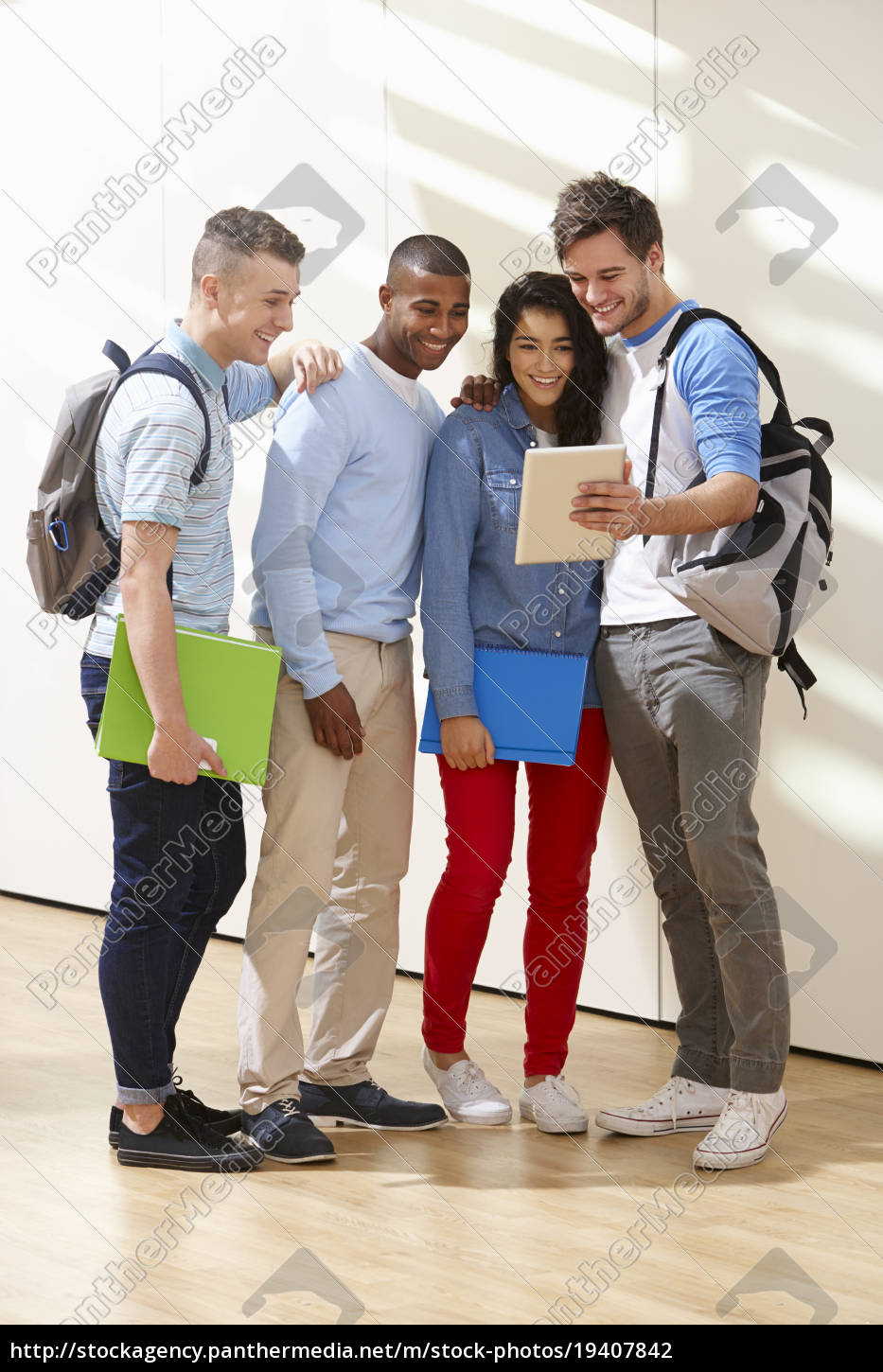 multi-ethnic, group, of, students, in, classroom - 19407842