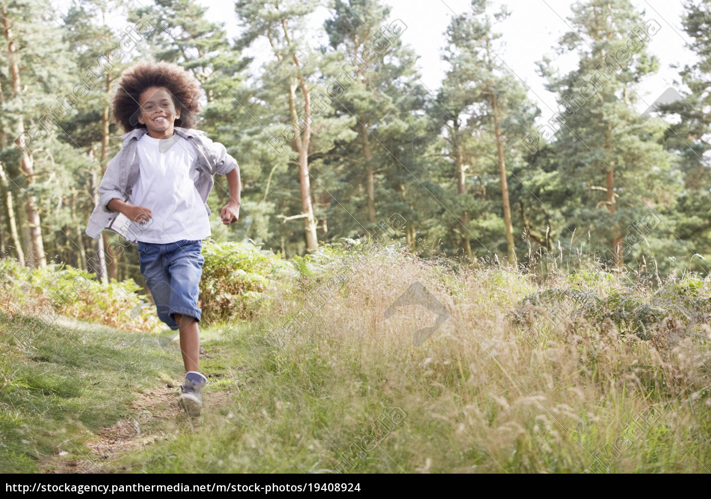 boy, running, through, woods - 19408924