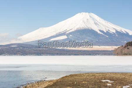 winter, mount, fuji, yamanaka, lake - 19411492