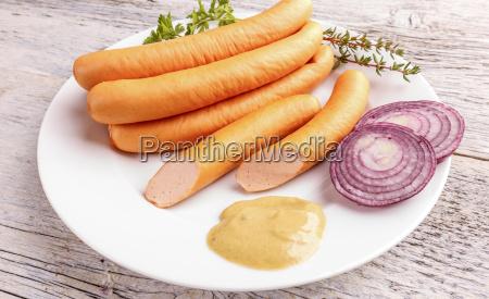 stack, of, hot, dog, sausages - 19413128