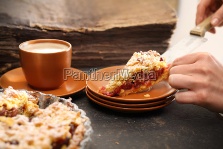 homemade, cake, with, fruit. - 19418694