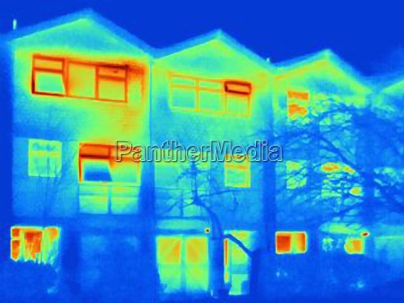 thermal image of house showing loss
