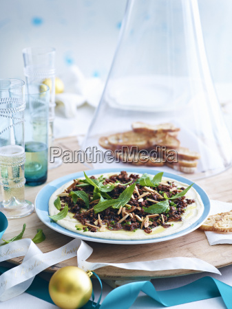 plate of minced lamb and chickpea