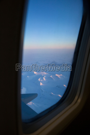 the frozen landscape of spitsbergen the