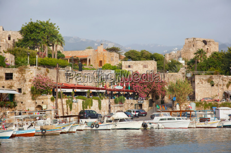 byblos castle and restaurants surround yachts