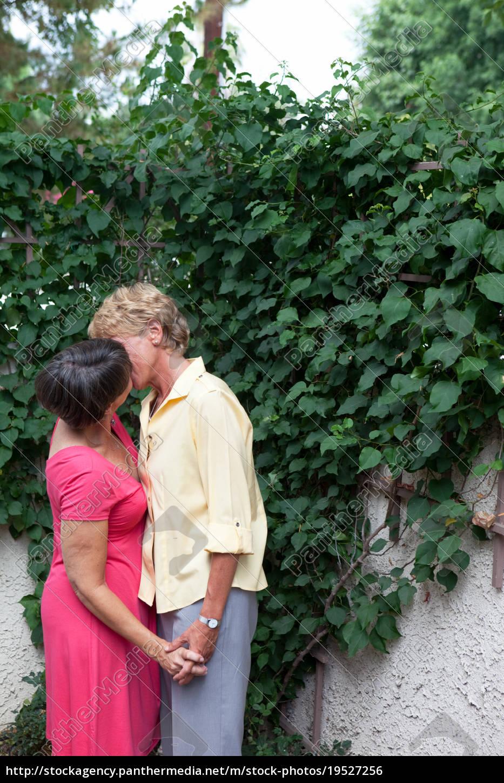 Couple hidden kissing photos