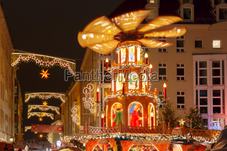 christmas street at night in dresden