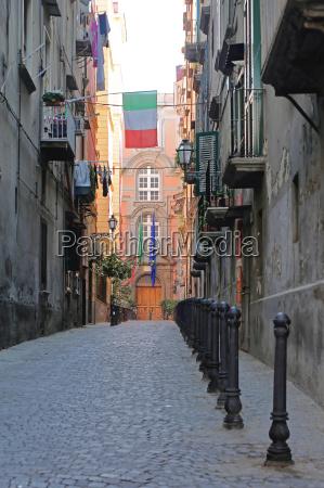 narrow street in naples