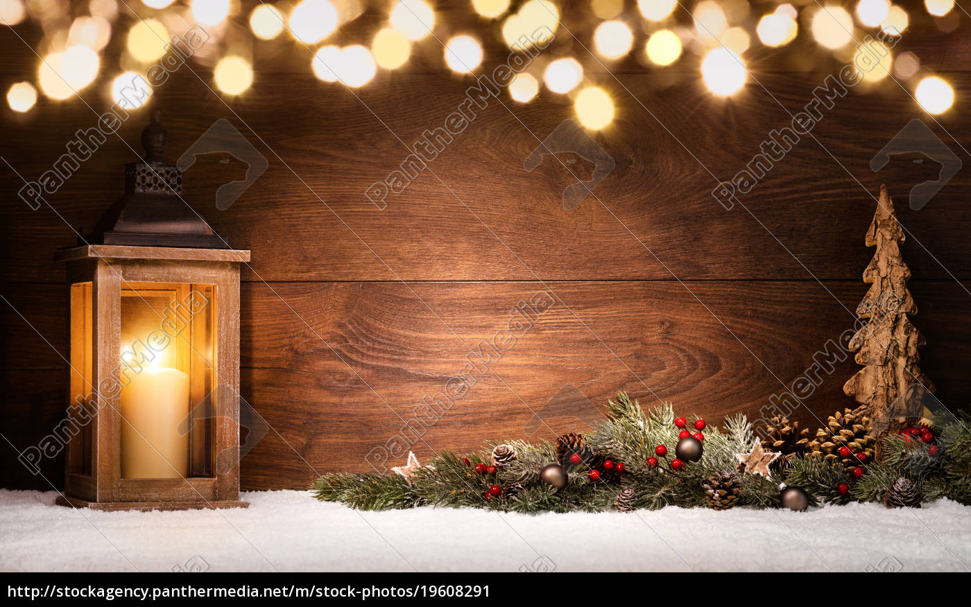 christmas, arrangement, with, lantern, christmas, decorations, and - 19608291
