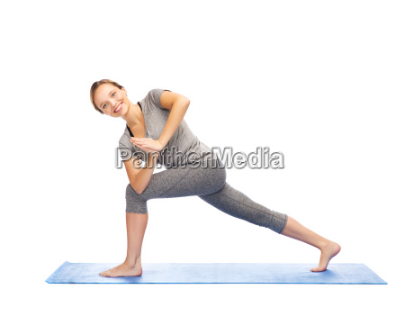 woman making yoga low angle lunge