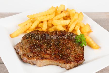 rump steak with chips