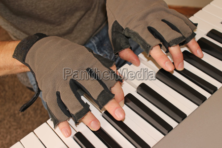 a pianist fights the chill of