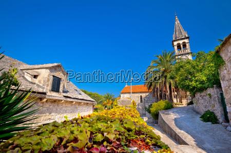 stone village of splitska church and