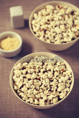 popcorn, with, cheese, , garlic, and, oregano - 19825563