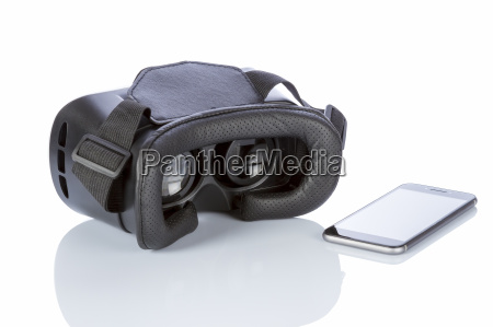 vr glasses and smartphone with clipping