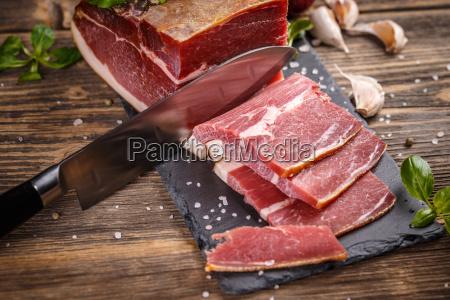 prosciutto, sliced, on, black, slate - 20114966