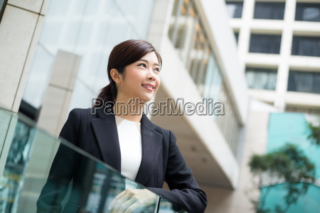 business, woman, at, outdoor - 20116249