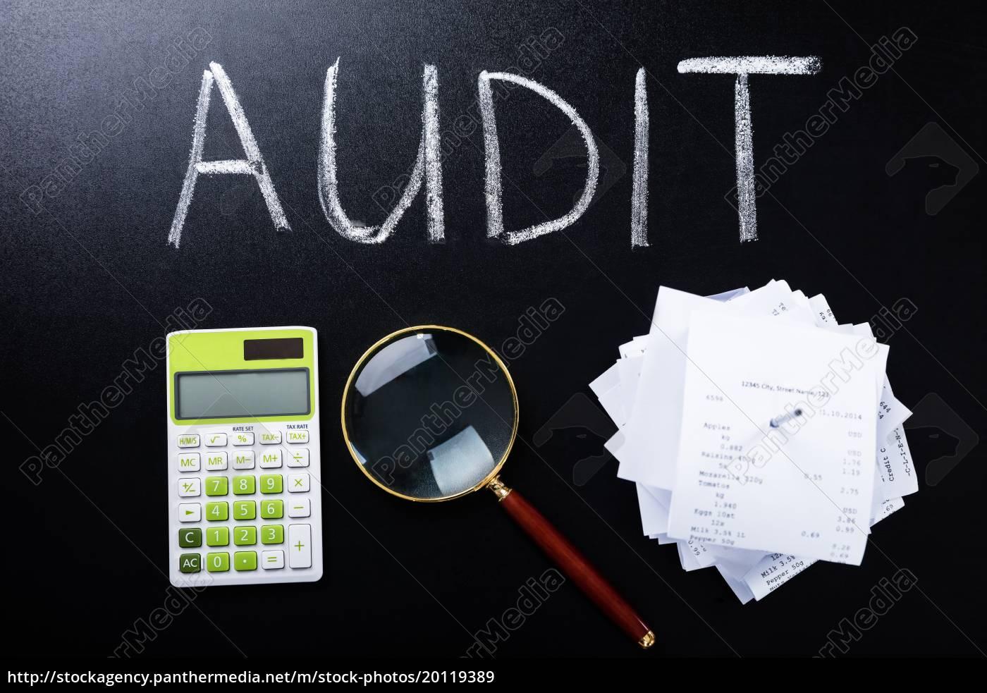 audit, concept, on, blackboard - 20119389