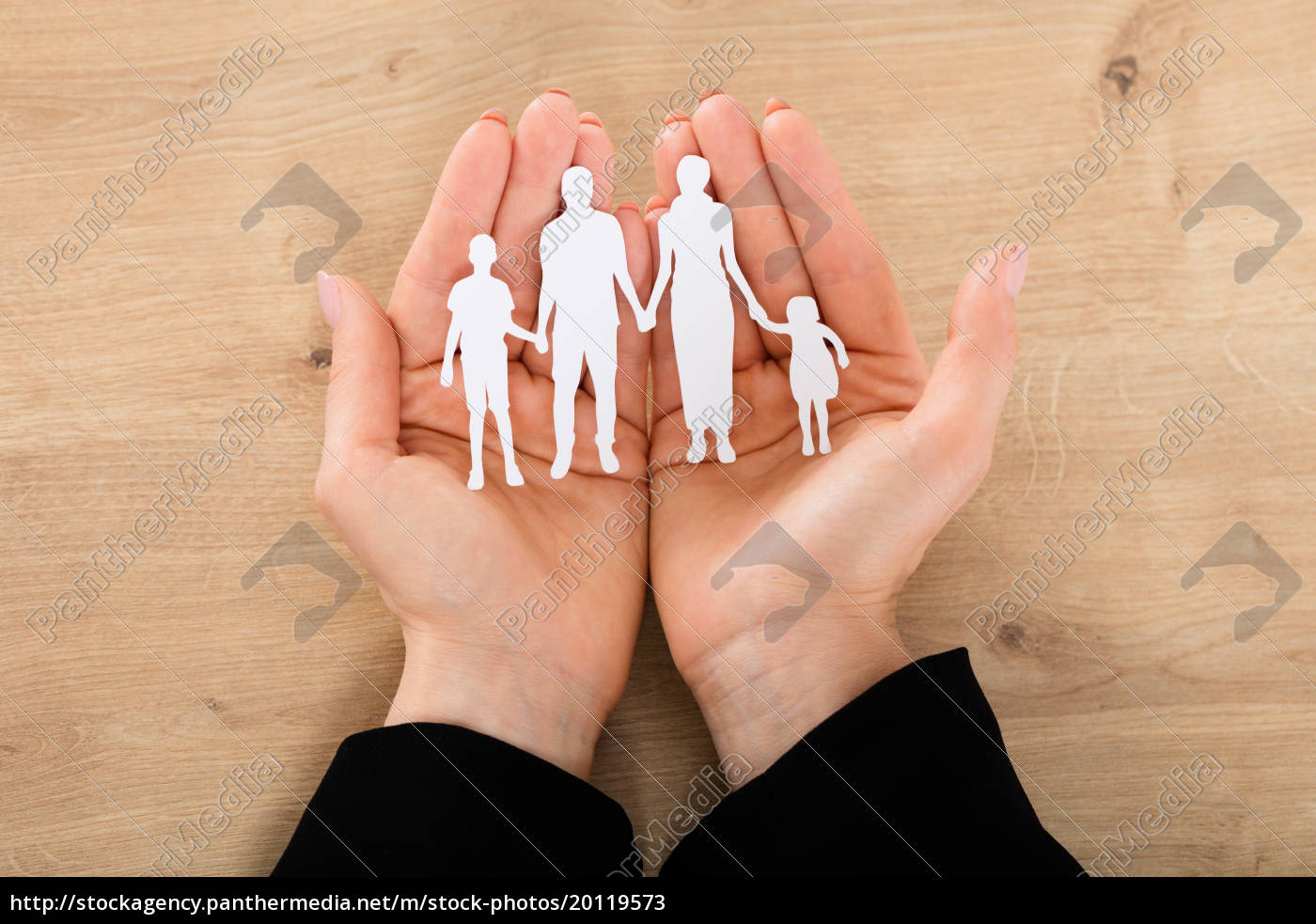 woman, hand, holding, family, papercut - 20119573