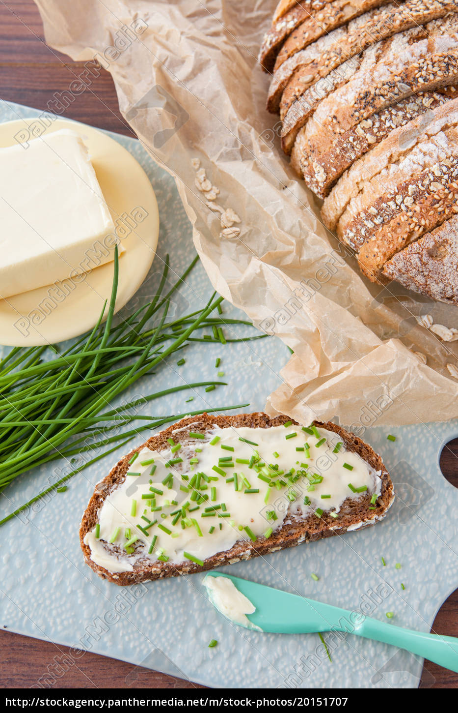 bread, and, butter, with, fresh, chives - 20151707