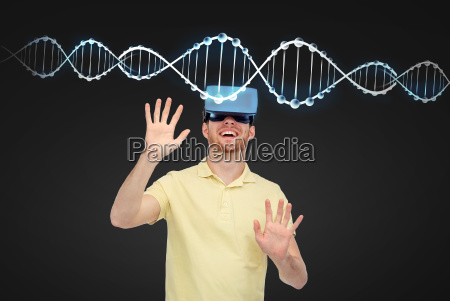 happy, man, in, virtual, reality, headset - 20153975