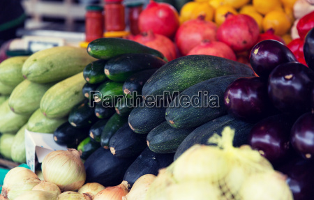 close, up, of, squash, at, street - 20169683