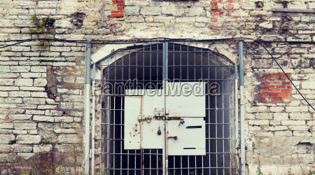 old, prison, gate - 20169887
