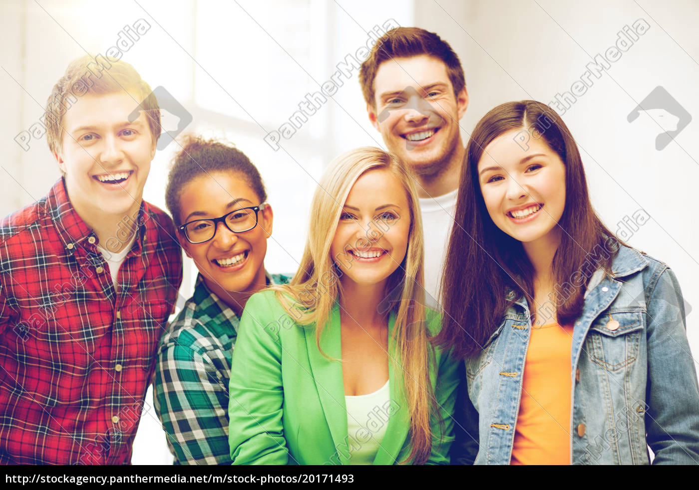 group, of, students, at, school - 20171493