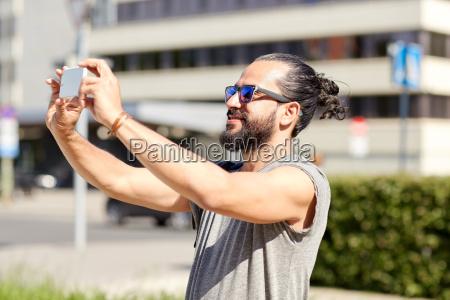 man, taking, video, or, selfie, by - 20171519