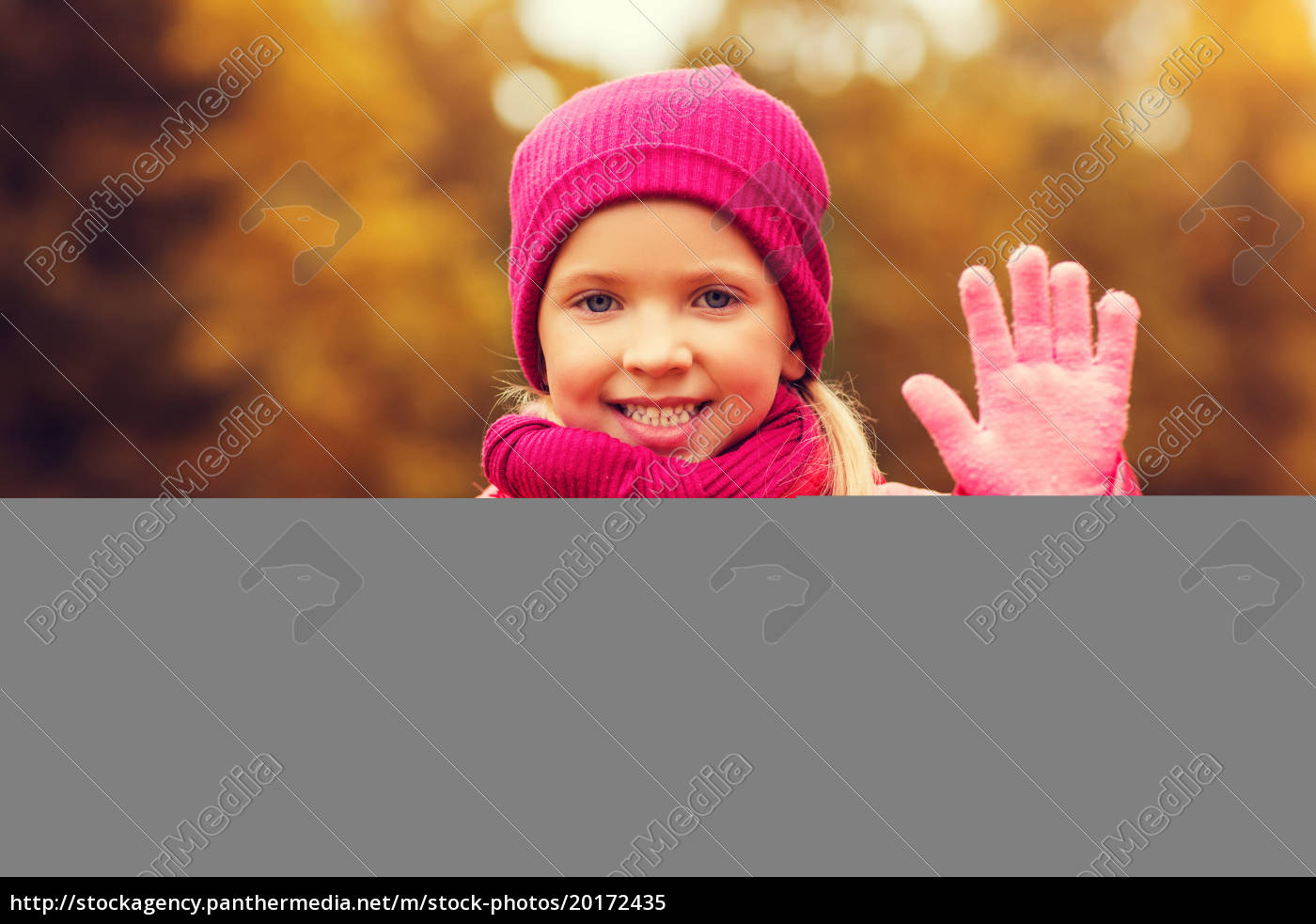 happy, beautiful, little, girl, portrait, outdoors - 20172435