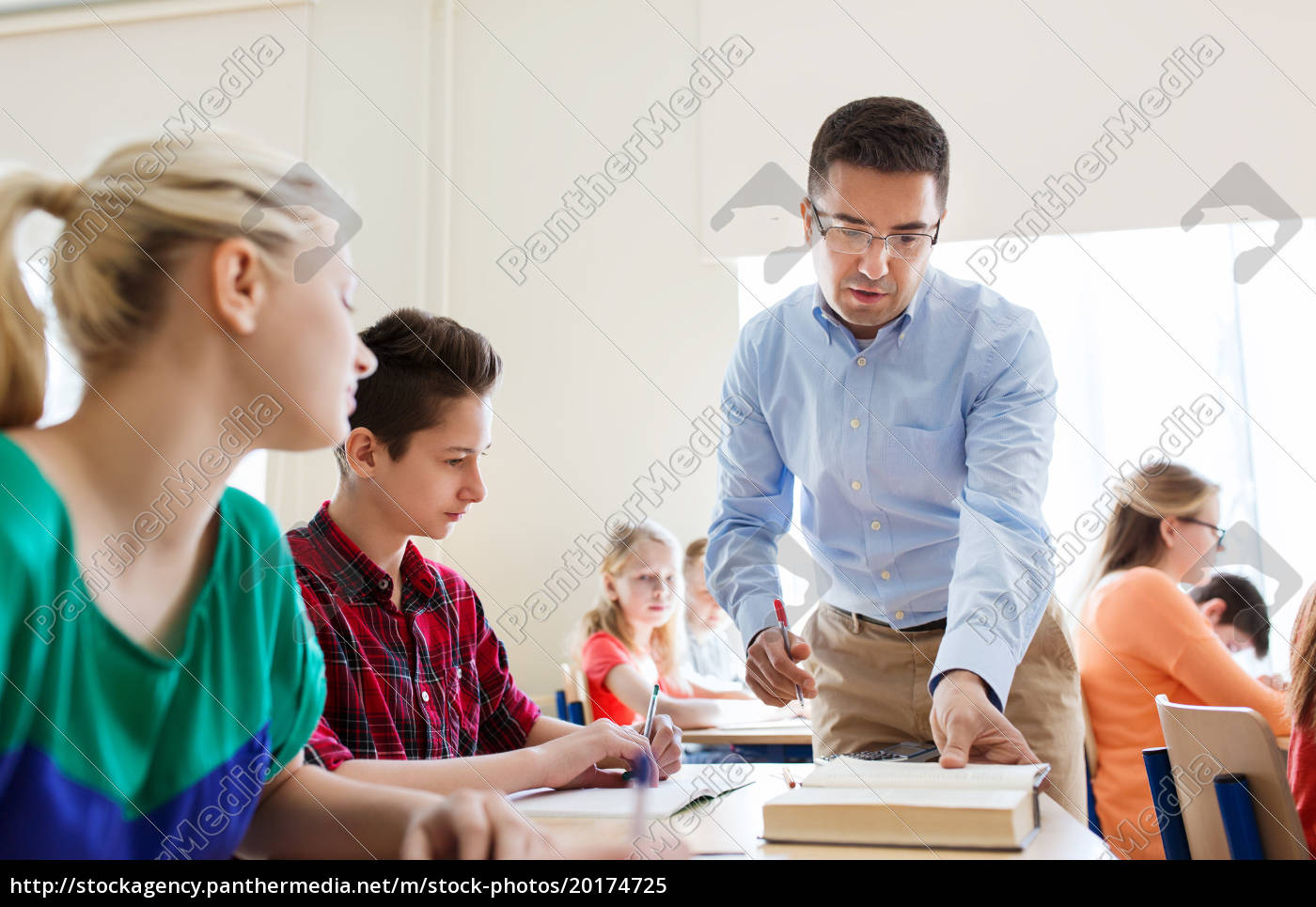 group, of, students, and, teacher, at - 20174725